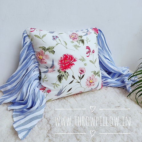 Bird Wings Throwpillow