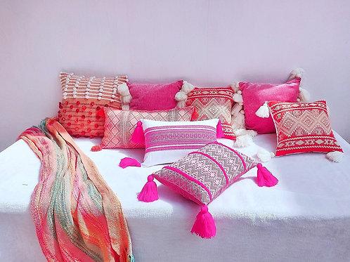 Pink Fine Thread White Tassel Cushion Cover