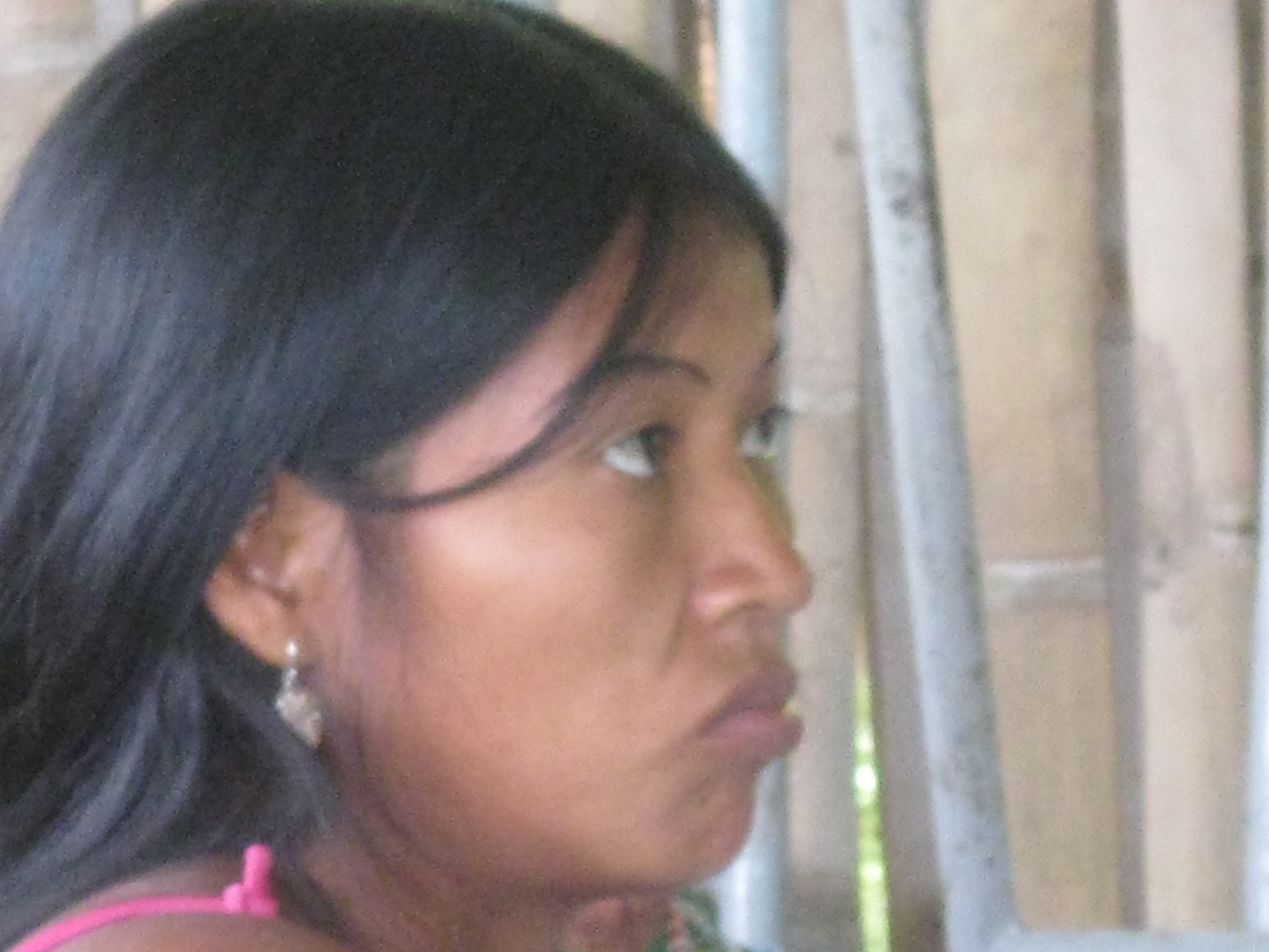 MUJER EMBERA CHAMÍ-COLOMBIA