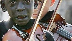 La música presente en situaciones adversas en el mundo
