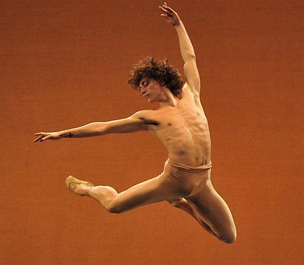 dm-narcisse-sergei-polunin-high-jump_620.jpg