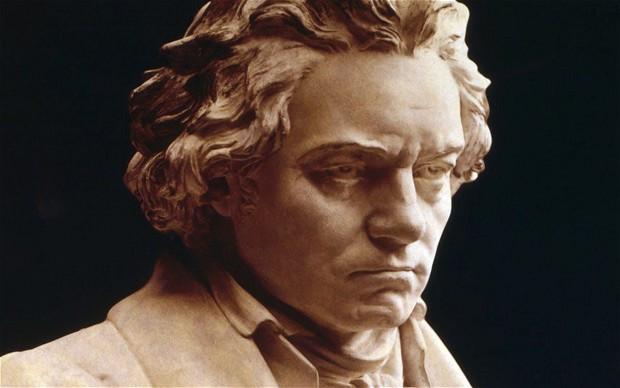 Beethoven_2089781b.jpg