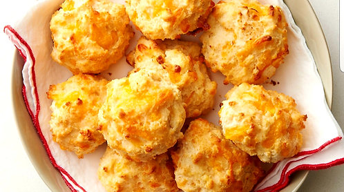 Cheddar Bay Biscuits (8)