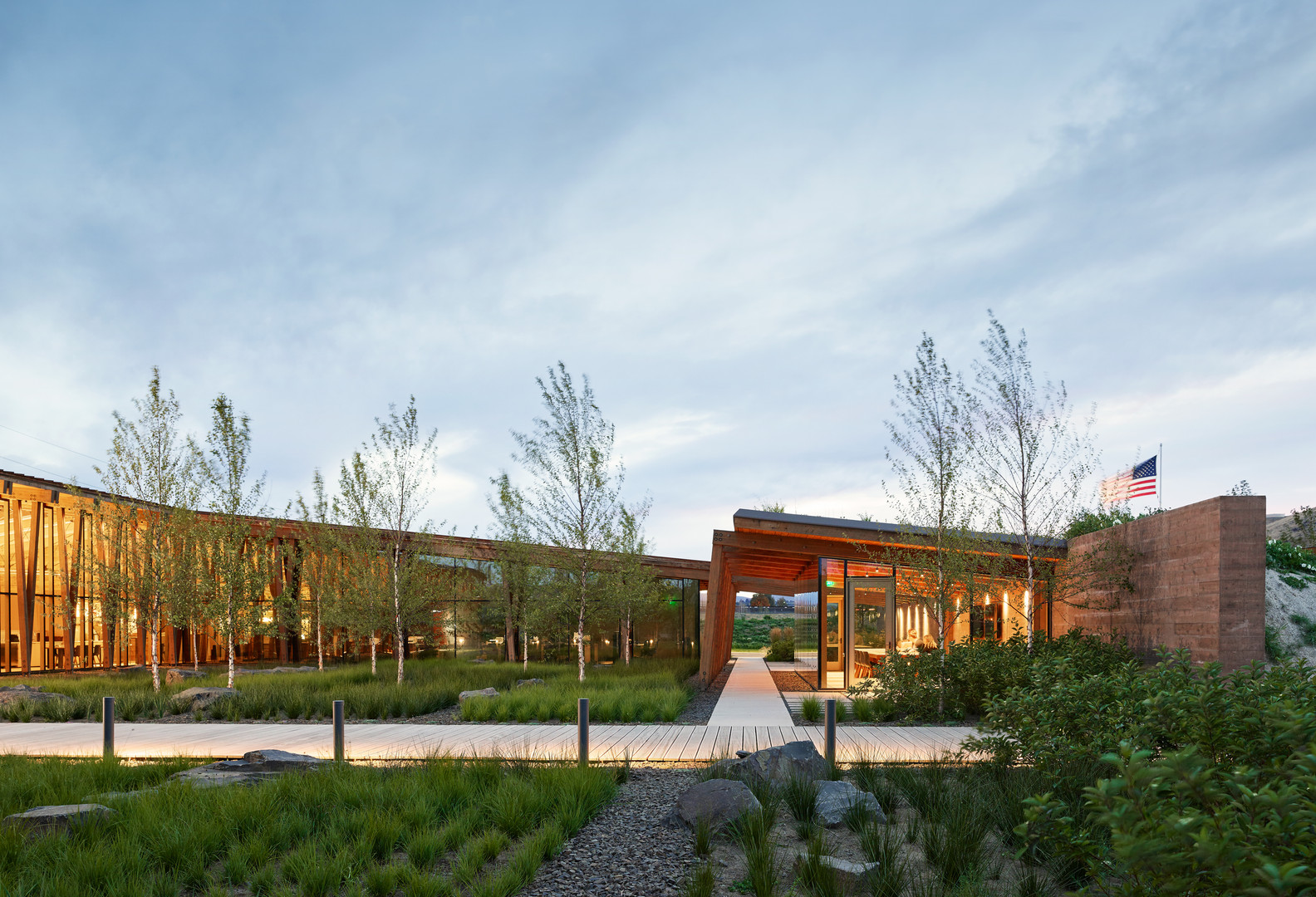 ARCHITECTURE, Commercial: Washington Fruit & Produce Company Headquarters