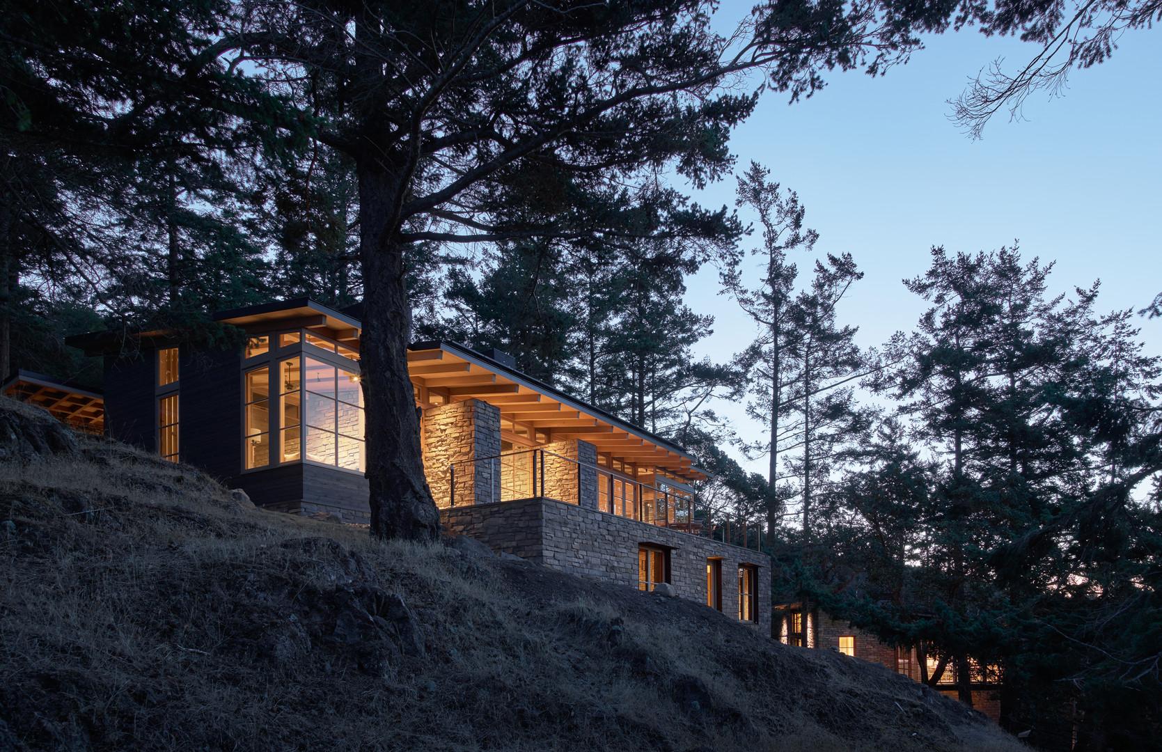 Architecture, residential: Hillside Sanctuary