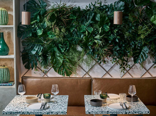 British Design Studio Fare Brings Tropical Modernism to Kolamba Restaurant