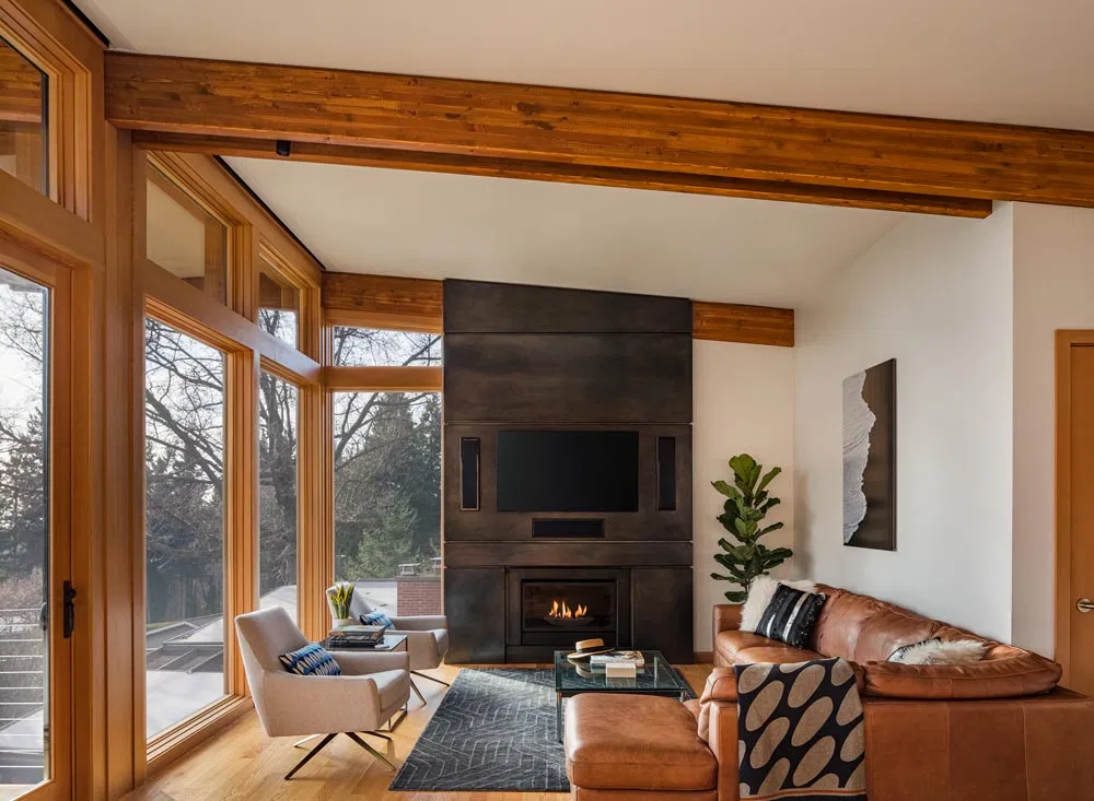 Design renovation of a midcentury modern living room
