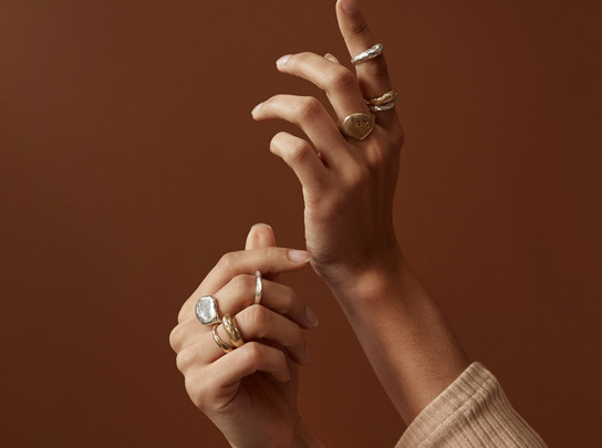 "Rebekah J. Designs's Latest Jewelry Line Pays Homage to Gustav Klimt's ""The Kiss"""