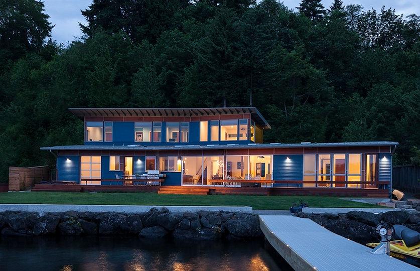 09-blue-house-1_orig.jpg
