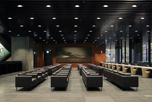 NAOTO_Kagoshima Bank Head Office Buildin