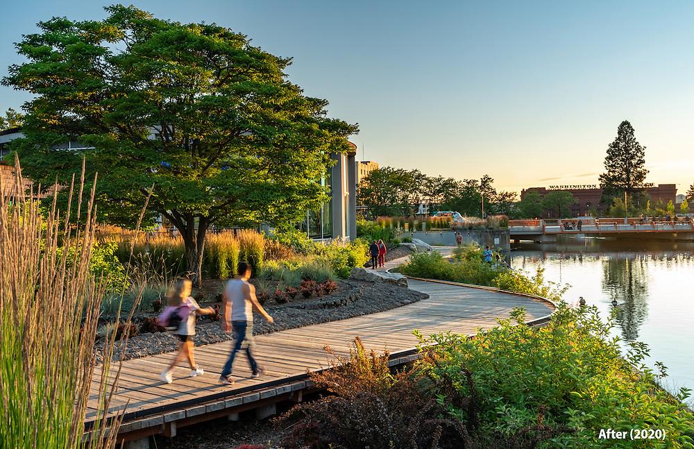 Promenade along Spokane Riverfront Park