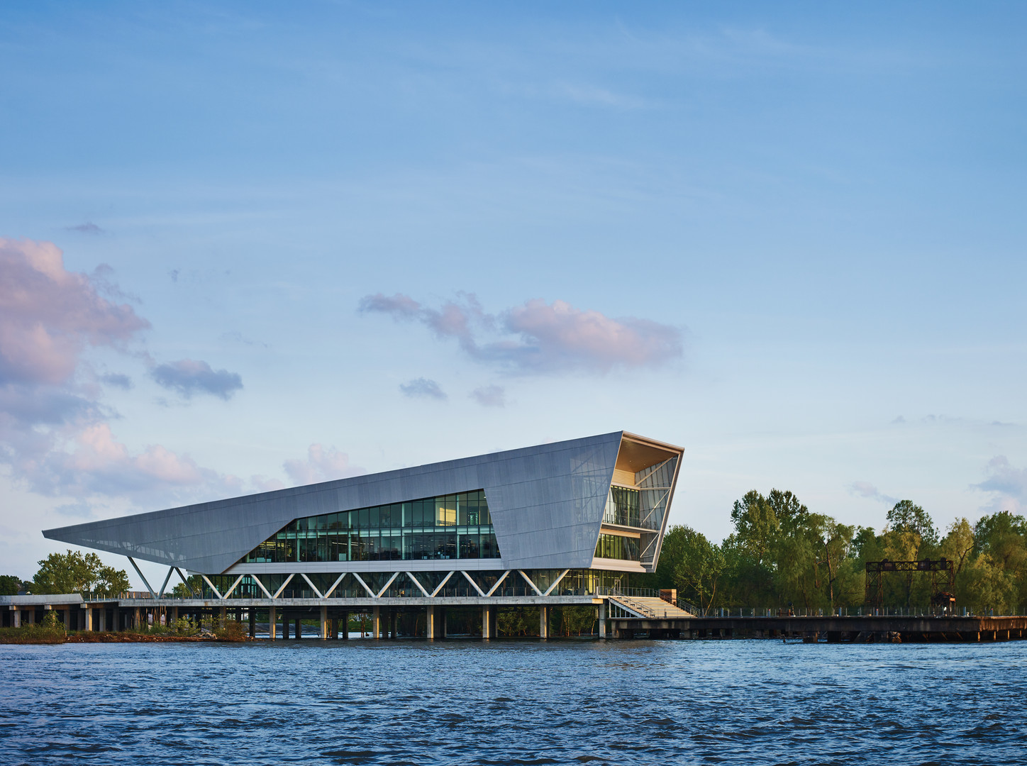 Architecture, commercial: The Water Institute ofthe Gulf