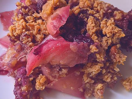 Nectarine & Blueberry Breakfast Crumble