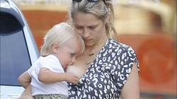 'Scandalous' breastfeeding shot