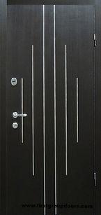 Двери с молдингами Венге