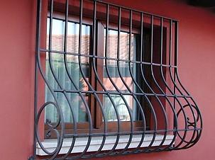 Решетки на окна дутые