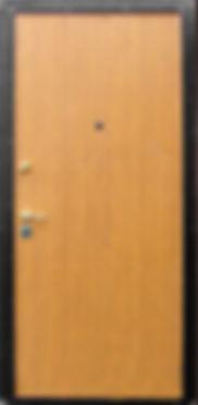 Недорогая входная металлическая дверь в москве от производителя с отделкой ламинатом.