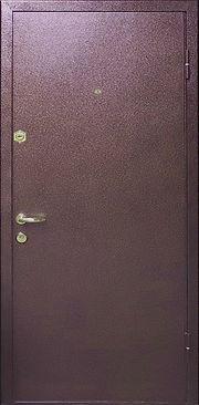 Наружная сторона двери отделана полимерной порошковой краской, что обеспечивает парадной двери антивандальные свойства и легкость в уходе.
