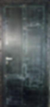 Дверь железная от производителя с эффектом старения, ржавая, эксклюзивная, необычная.