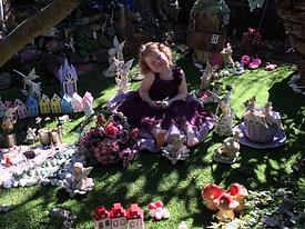 girl in fairys.png