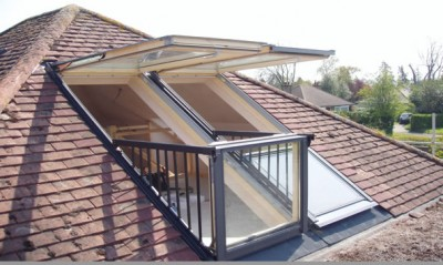roofing velux cabrio window
