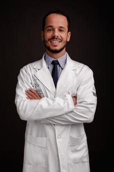 20210515 Headshot Rafael Ortopedista-2.j