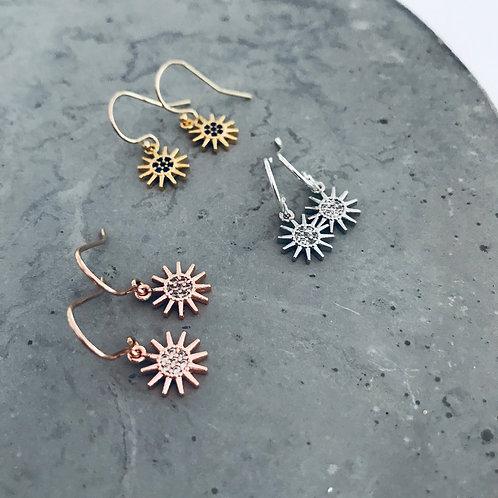 Wanderlust luna sun earrings