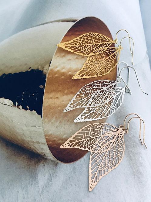 Veil leaf earrings