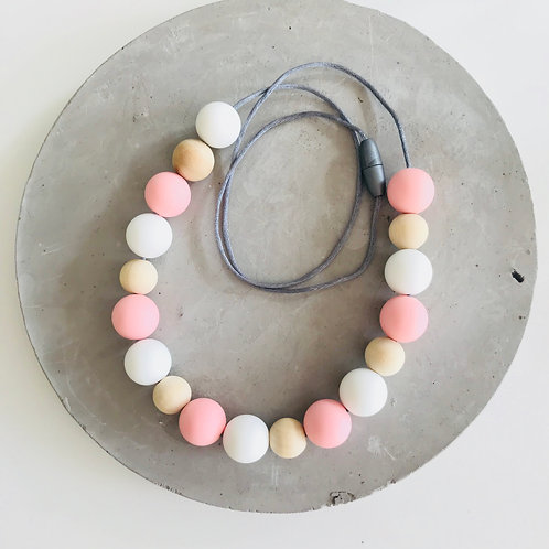 .Nordic Pink Silicone Necklace
