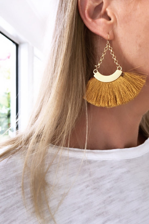 BS chain fan earrings