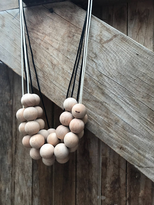 Only natural beech wood necklace