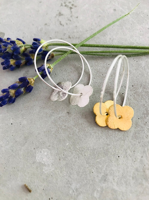 Brushed flower earrings