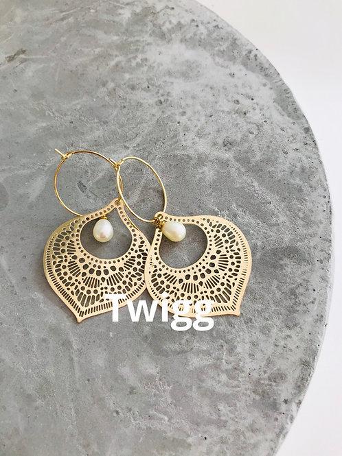 BOHOME pearl earrings