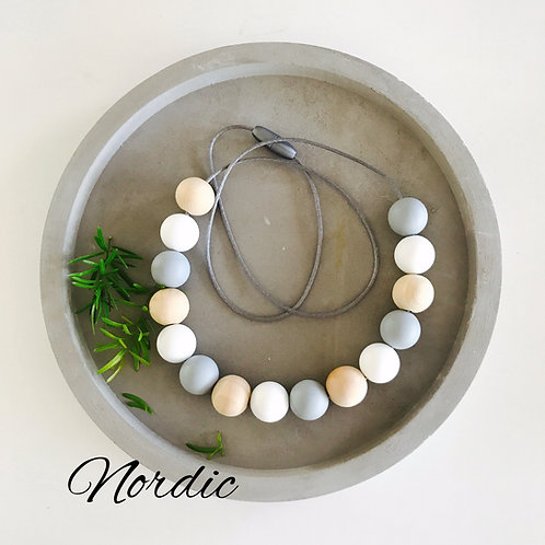 .Nordic Silicone Necklace
