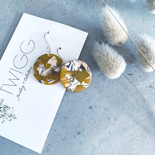 12 x Best sellers Acrylic disc  eartings earrings