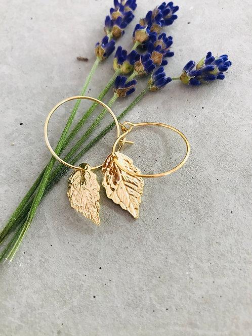 Leaf flake earrings