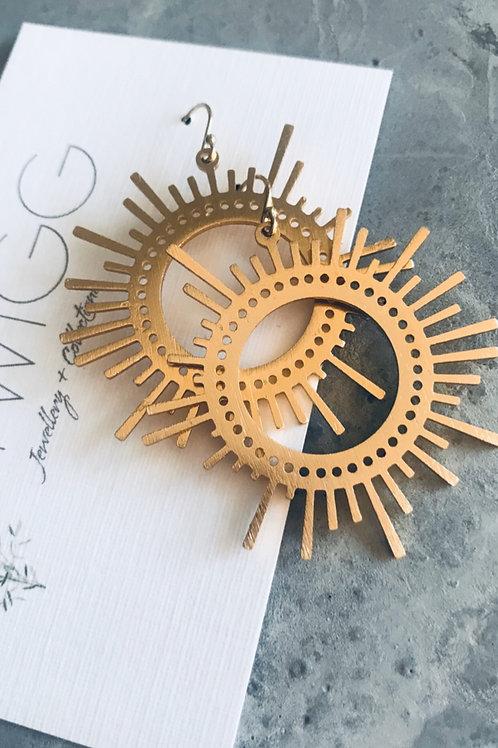 Little ray of sunshine drop earrings -gold