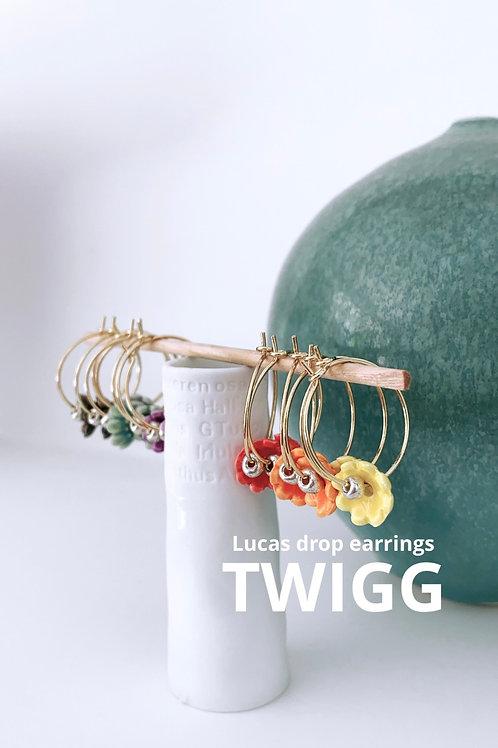 LUCAS porcelain flower earrings x6