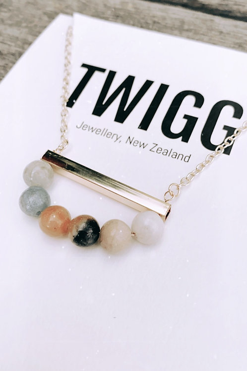 Pebble bar necklace