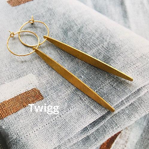 Creole brass ellipse earrings