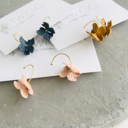 Paper flower earrings