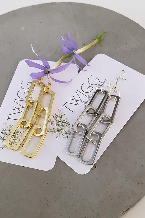 Chained drop earrings