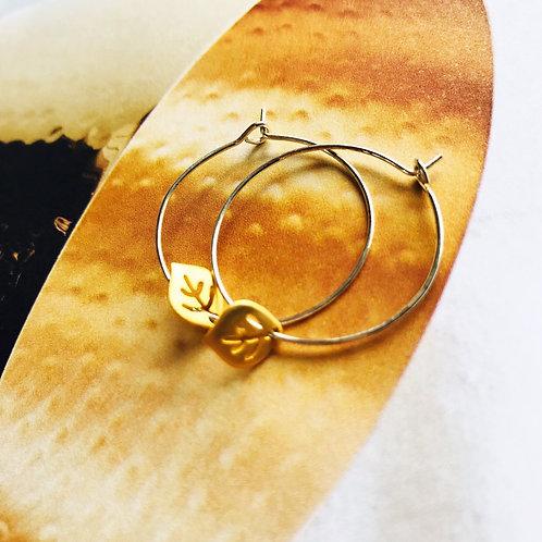 Globe Leaf sterling silver hoops 0279