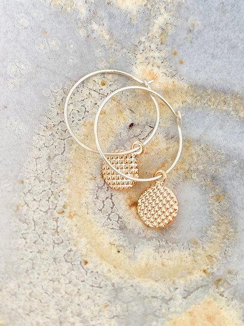 Waffle hoop earrings