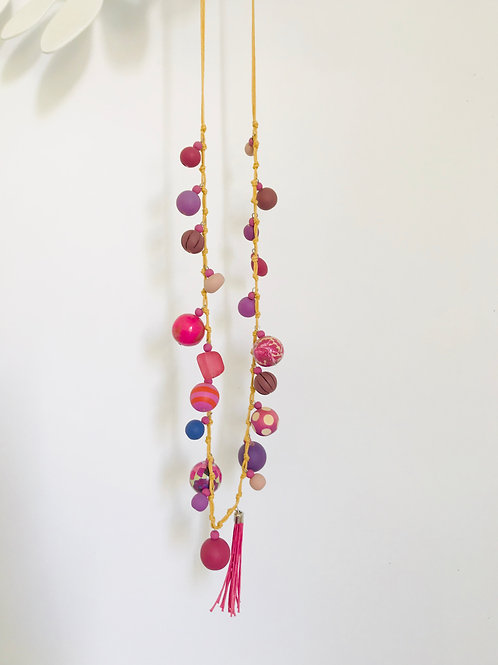 Wood bead necklace Pink Bobble