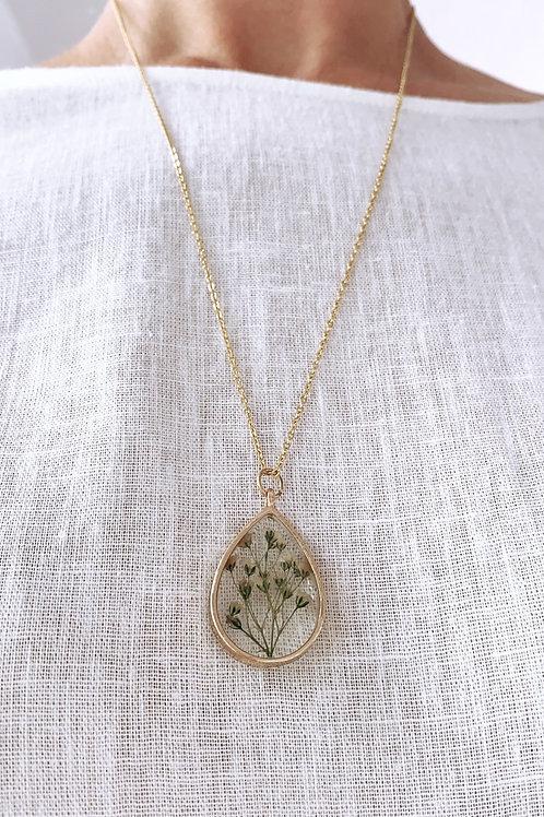 Amelia wildflower pendant necklace