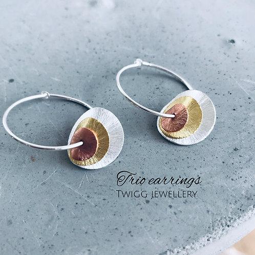 Trio disc globe earrings