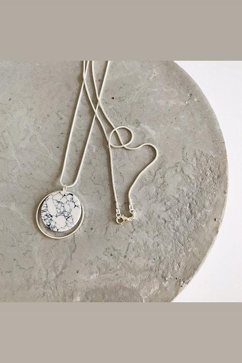 Sterling silver marble ponder necklace