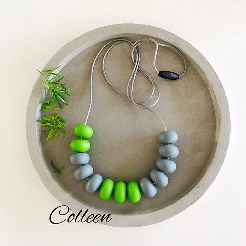 .Colleen Silicone Necklace
