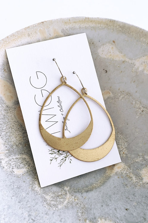 Filled tear Satin brass earrings